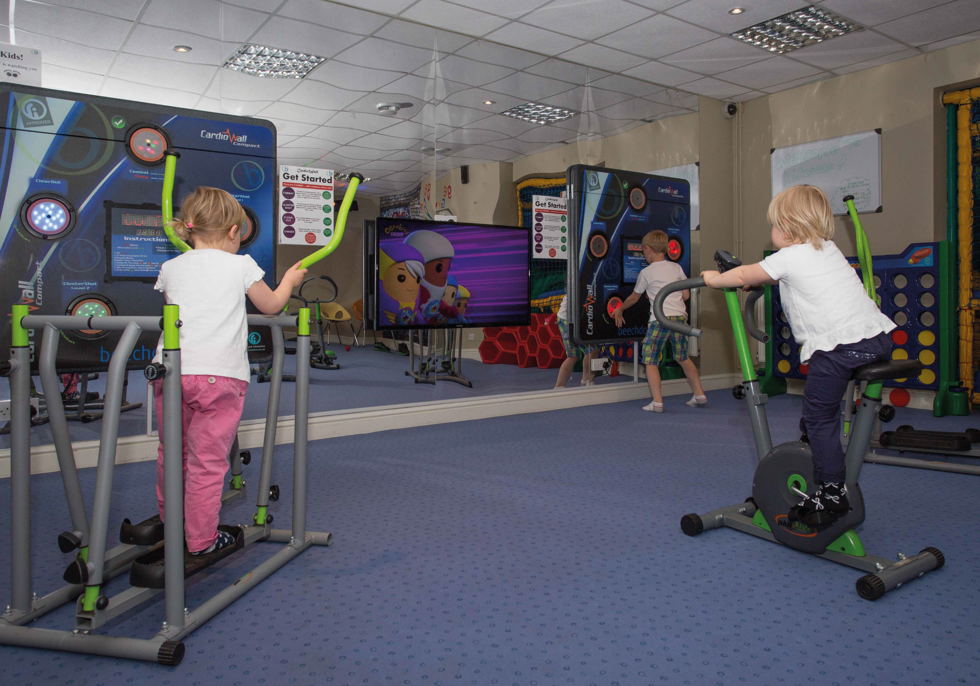 Beechdown health club kidz for Gimnasio fitness club